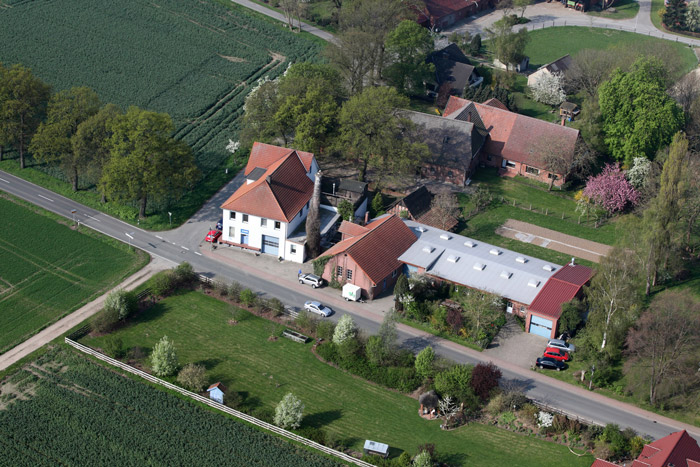 Building of the company Rüter in Hille-Nordhemmern. Aerial from the year 2011